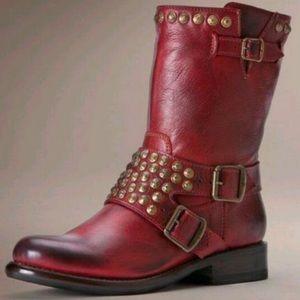 FRYE Jenna Studded Western Leather Boots❤️